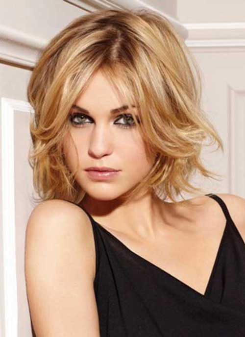 Best Haircuts for Women Over 40-15