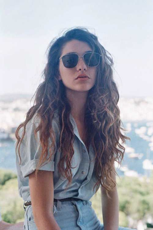 Girls with Long Curly Hair-18