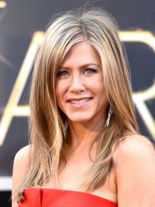 Best Haircuts for Women Over 40-18