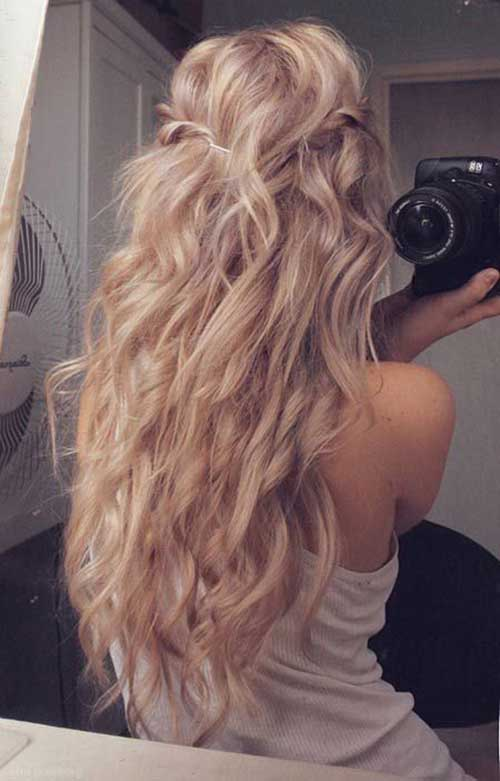 Girls with Long Curly Hair-19