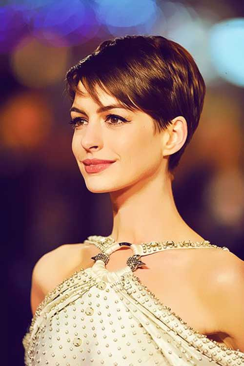 Nice Haircuts for Women-24