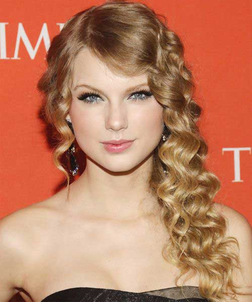 Cute Long Curly Hairstyles-26