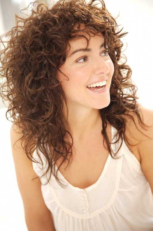 Hairstyles for Curly Hair Girl