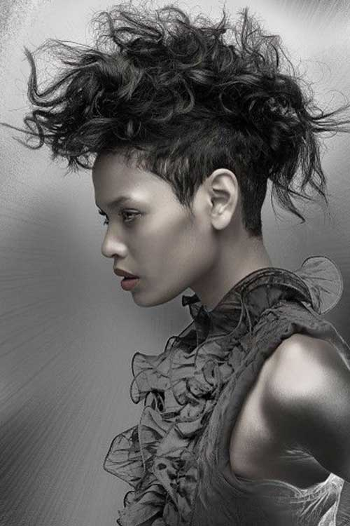 25+ Punk Hairstyles for Curly Hair