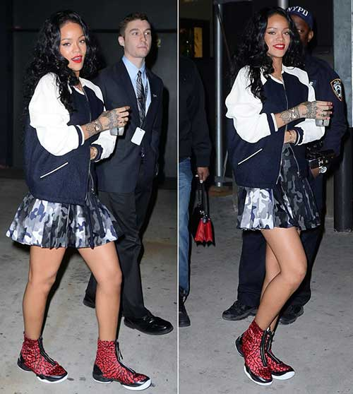 Rihanna Long Curly Hair-10
