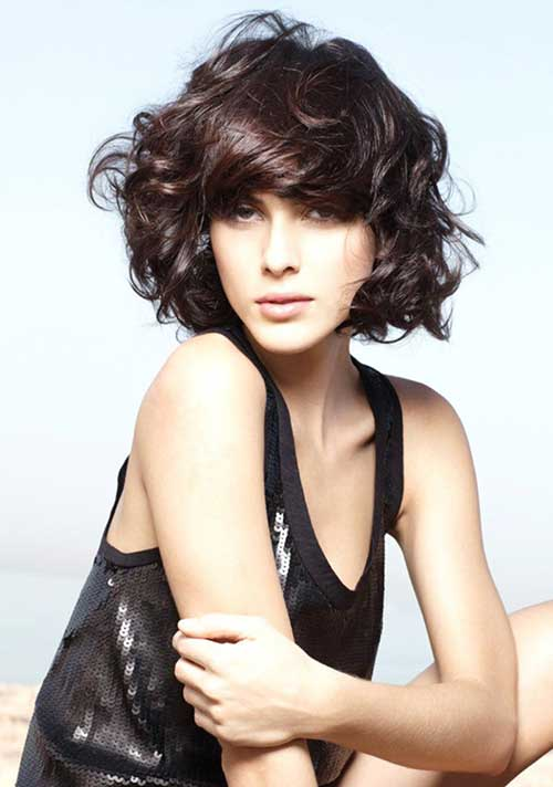 Curly Hair Styles for Women-12