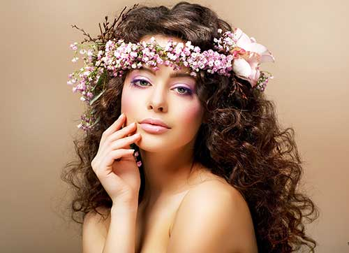 Curly Hair Styles for Women-13