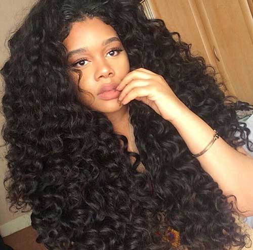 Curly Hair Styles for Women-14