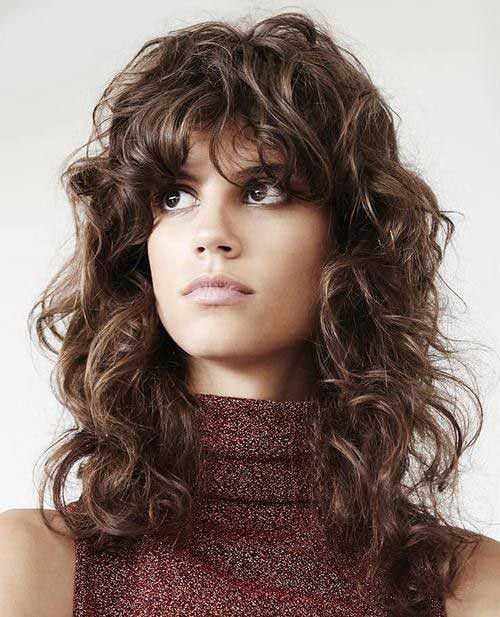 Long Layered Curly Haircuts-18