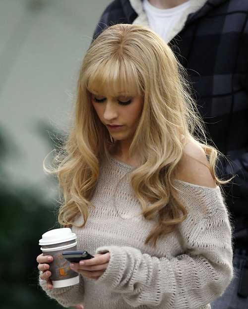 Celebrity Hairstyles with Bangs-27