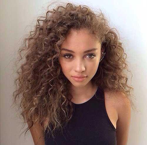 Long Curly Haircuts-40