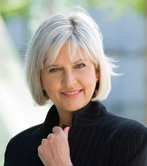 Haircuts for Older Ladies-6