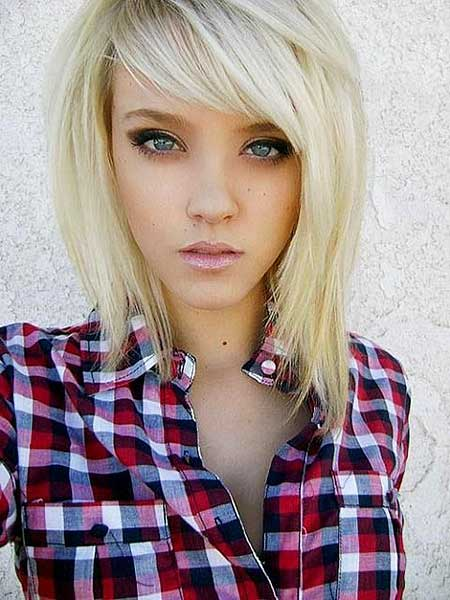 21 Medium Length Layered Haircuts with Bangs