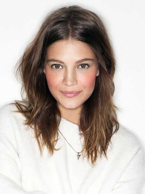 Medium Cut Hairstyles-11