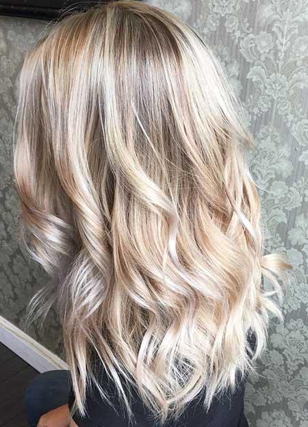 Light Blonde Hair Platinum Blonde Hair with Platinum Highlights, Balayage