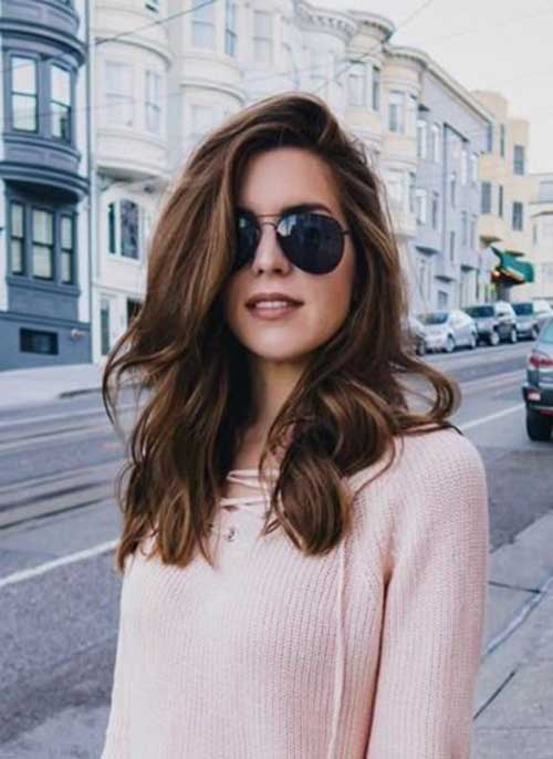 Medium Haircuts for Women-10