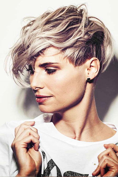 Short Pixie Hair Styles