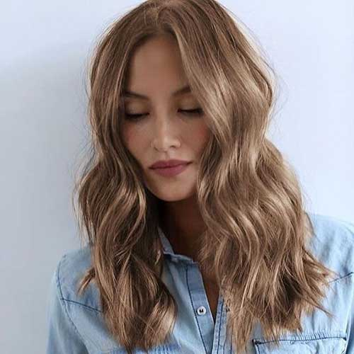 Wavy Long Hairstyles for Stylish Look