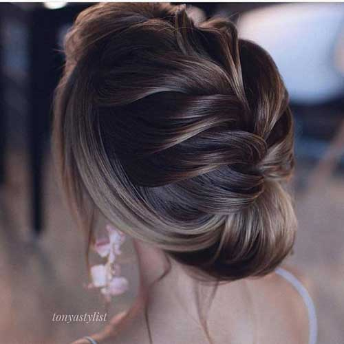 Stylish Wedding Updos for Ladies