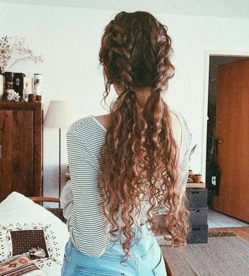 Long Curly Hairstyles for Women-22