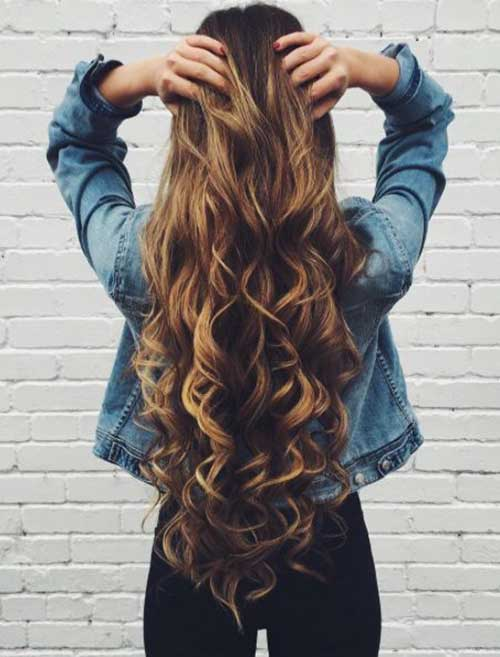 Long Curly Hairstyles for Women-9