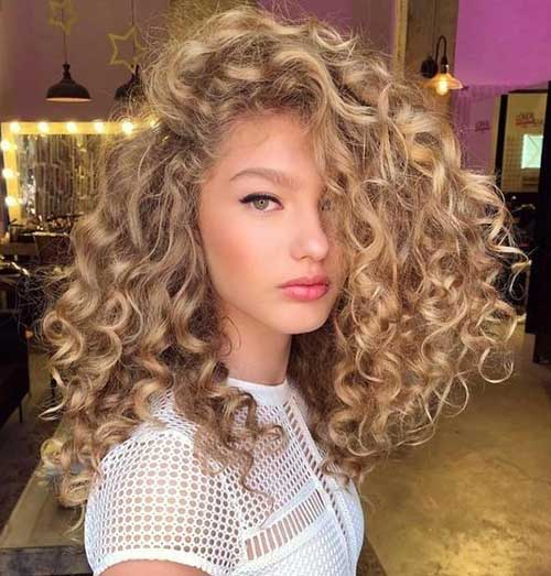Long Curly Hairstyles 2019