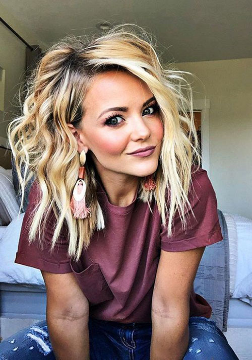 Medium Hairstyles for Women-12