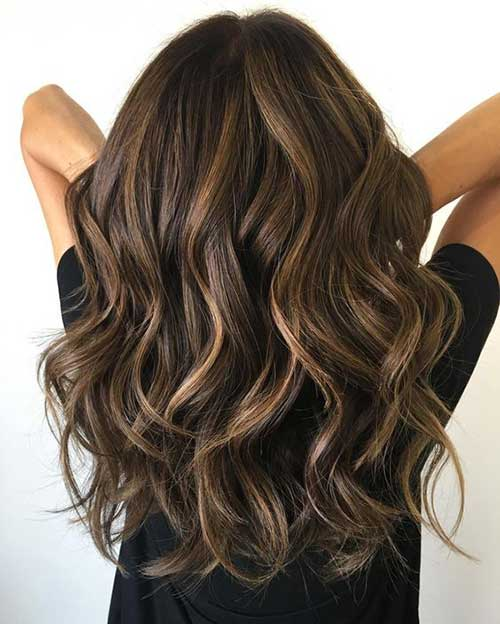 Wavy Hair Blonde Highlights-12