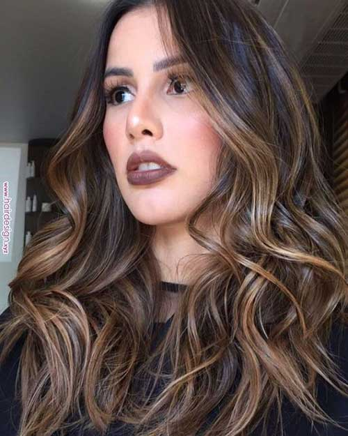 Wavy Hair Blonde Highlights-14