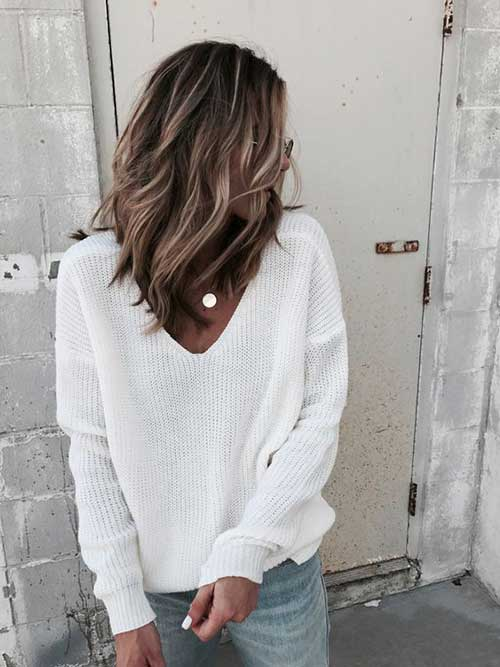 Wavy Hair Blonde Highlights-15