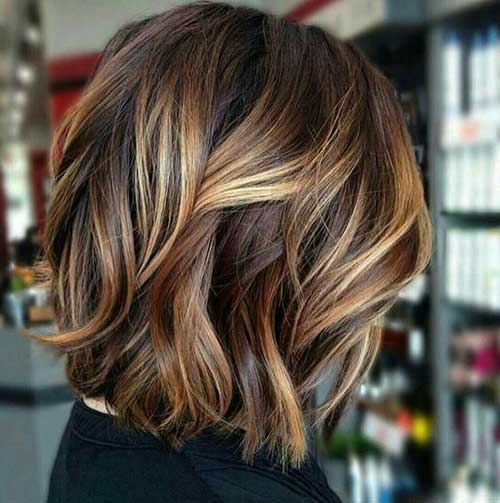 Wavy Hair Blonde Highlights-18
