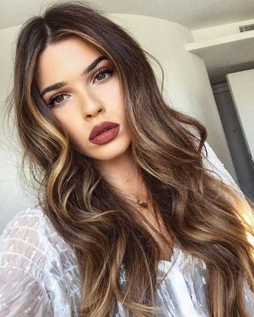 Wavy Hair Blonde Highlights-20