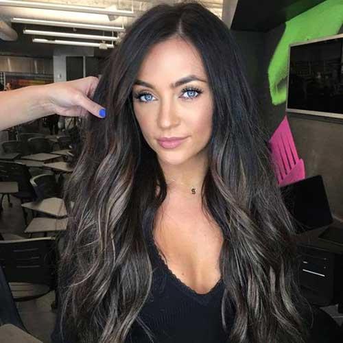 Highlights on Wavy Hair