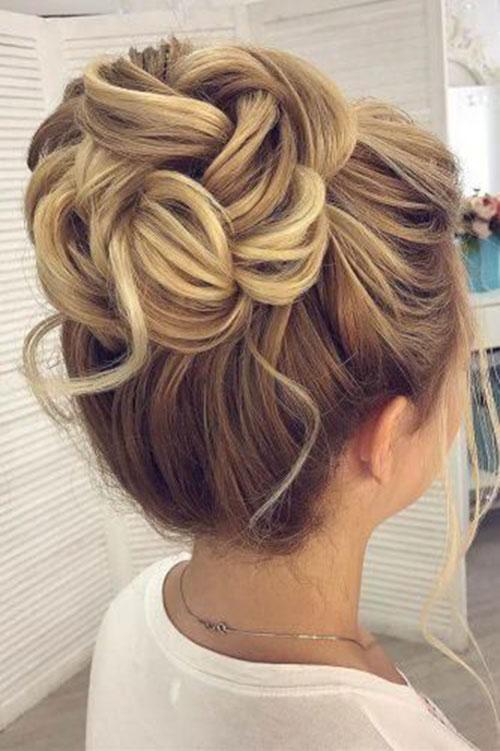 Classy Wedding Hair Bun-7