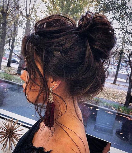 Messy Wedding Hair Bun-9