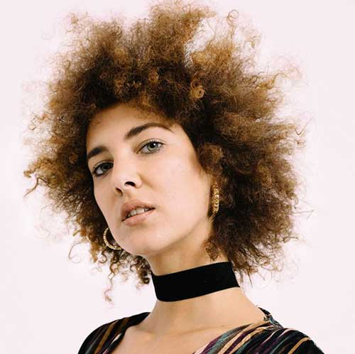 Curly Afro Hairstyles for Women-12