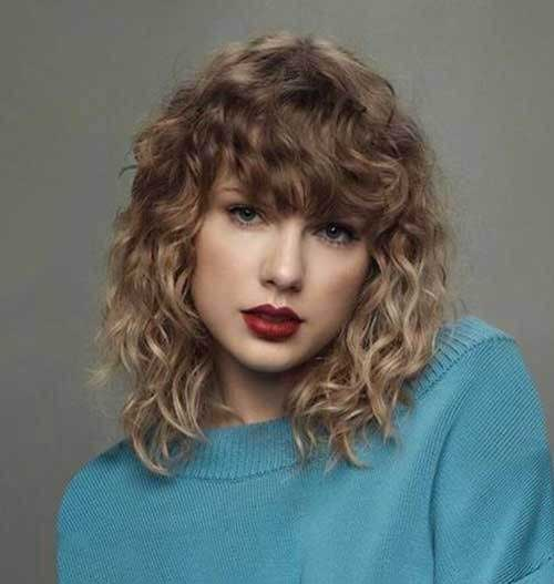 Curly Hairstyles with Bangs for Women-6