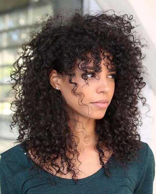 Frizzy Curly Hairstyles for Women-7