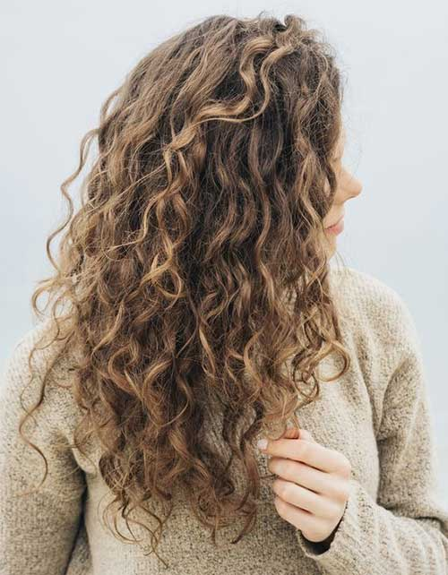 Natural Curly Hairstyles for Women-8