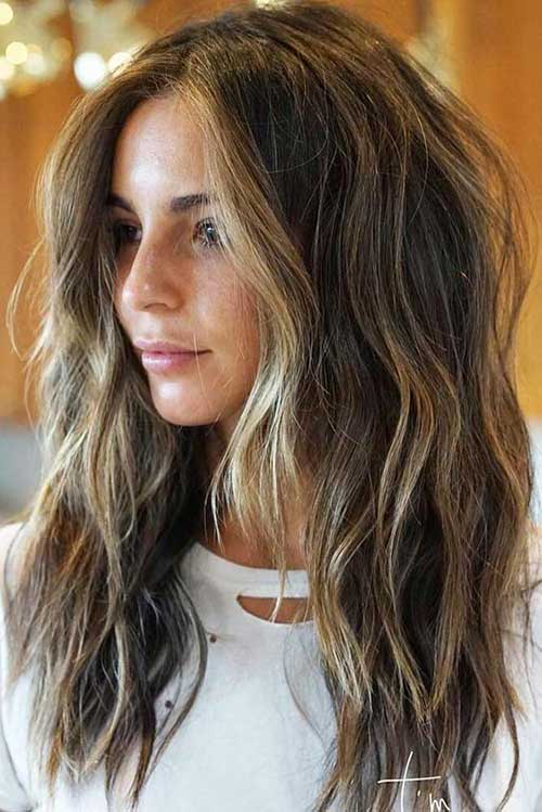 25 Best Layered Haircuts for Women