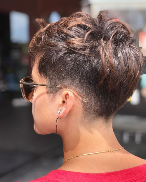 Short Pixie Cuts 2019-16