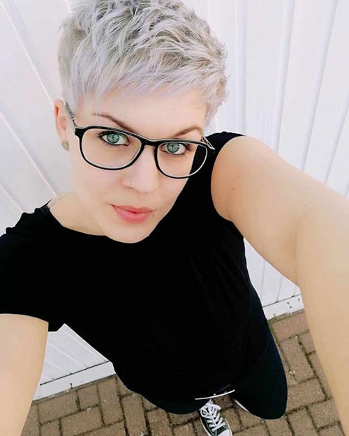 Short Pixie Cuts 2019-19
