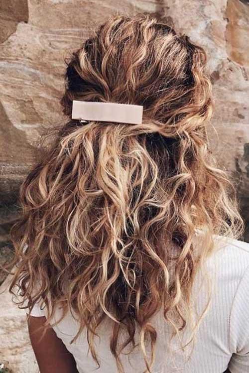 Frisuren für lockiges Haar-15
