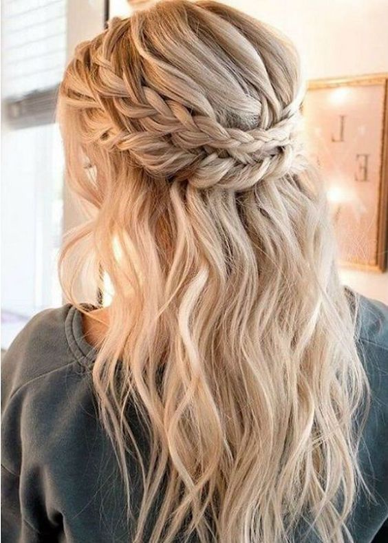 Best 20 Cute Hairstyles For Long Hair