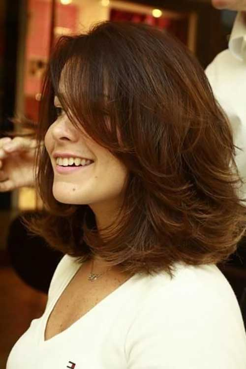 Medium Layered Hairstyles-6