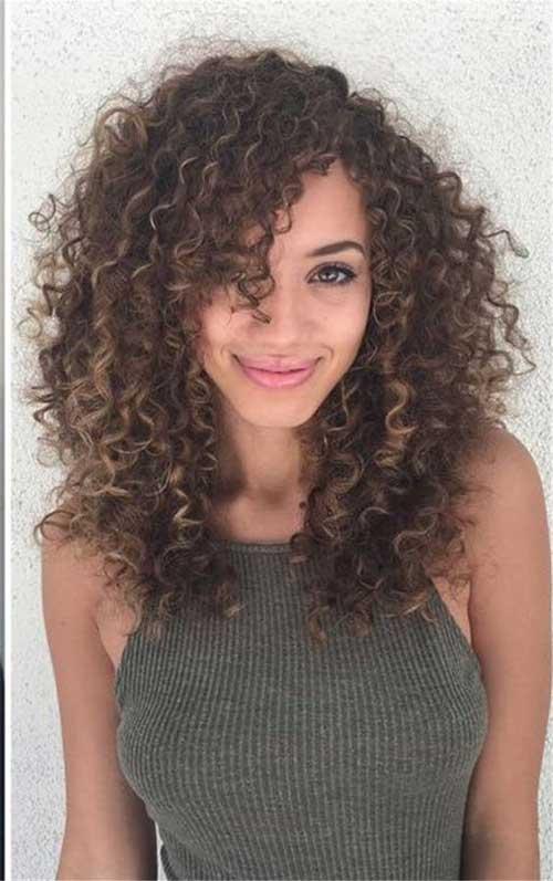 Frisuren für lockiges Haar-9
