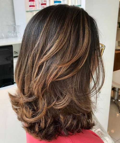 Medium Layered Hairstyles-9