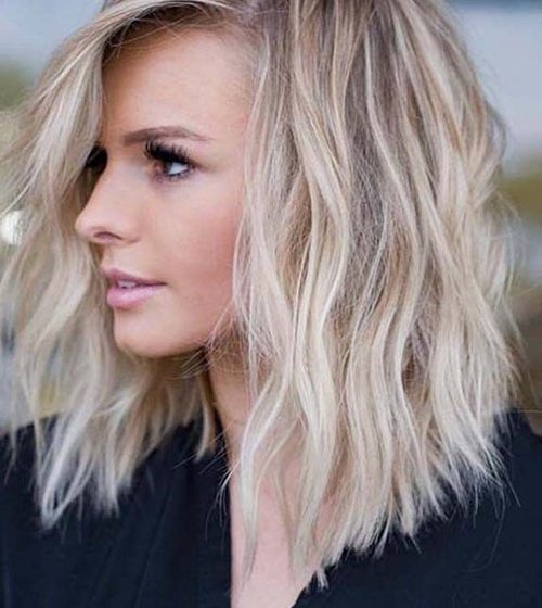 30 Cute And Chic Shoulder Length Hairstyles for Women