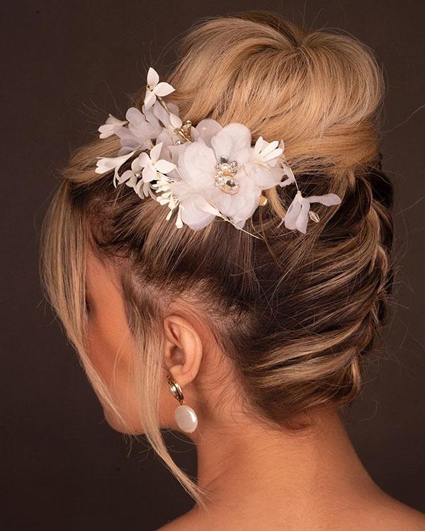 Brötchen Frisuren für Braut